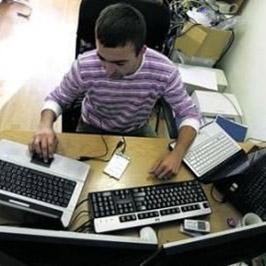 Системный администратор, специалист компьютерных систем